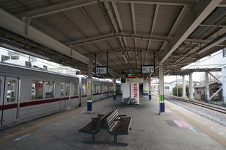 東武東上線の森林公園駅ホーム