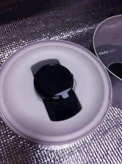 Android Wear Moto360 Smart Watch、黒、レザー本体